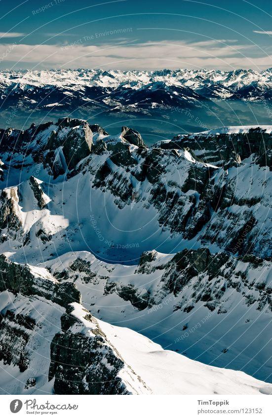 Holleradödudeldi Nebel steil Steigung Berghang Bergsteigen Berg Säntis Kanton Appenzell Aussicht Winter Panorama (Aussicht) Schweiz Bergkette Ferne Bergkamm