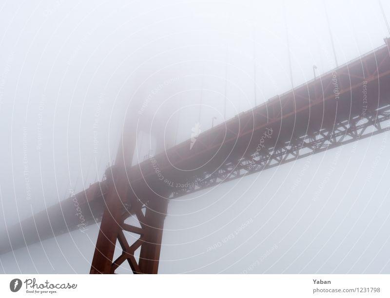 Hazy shady Golden Gate Bridge Ferien & Urlaub & Reisen Tourismus Ausflug Ferne Sightseeing Städtereise Meer Wasser schlechtes Wetter Wind Nebel