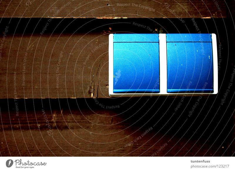 Dosen an Holz blau braun Haushalt Steckdose horizontal Mannheim