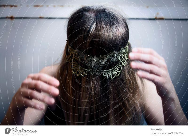 gehemmt Mensch Jugendliche 18-30 Jahre Erwachsene Traurigkeit feminin Haare & Frisuren ästhetisch bedrohlich einzigartig Schutz Trauer Maske gruselig verstecken