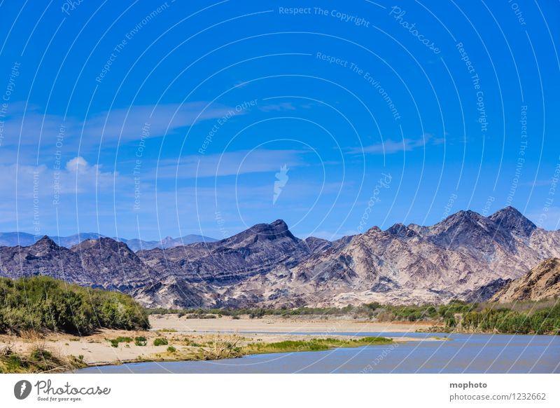 TIAT Natur Ferien & Urlaub & Reisen blau Wasser Landschaft Ferne Umwelt Berge u. Gebirge grau Sand Felsen Tourismus Idylle Abenteuer Urelemente