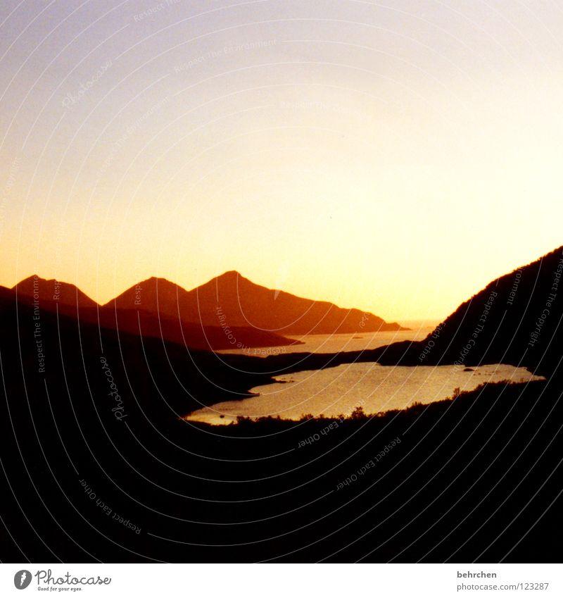 fjordromantik Wasser Ferien & Urlaub & Reisen ruhig Einsamkeit Ferne Berge u. Gebirge träumen Romantik geheimnisvoll Norwegen Fjord Himmelskörper & Weltall