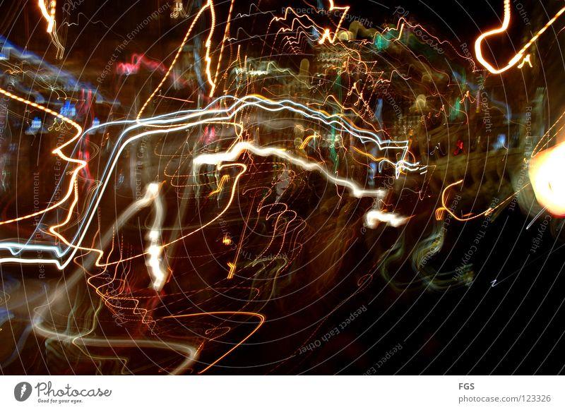 Drunken #1 Farbe Freude dunkel Bewegung lustig Lampe hell Linie träumen Angst fliegen Verkehr Kreis rund Spuren Disco