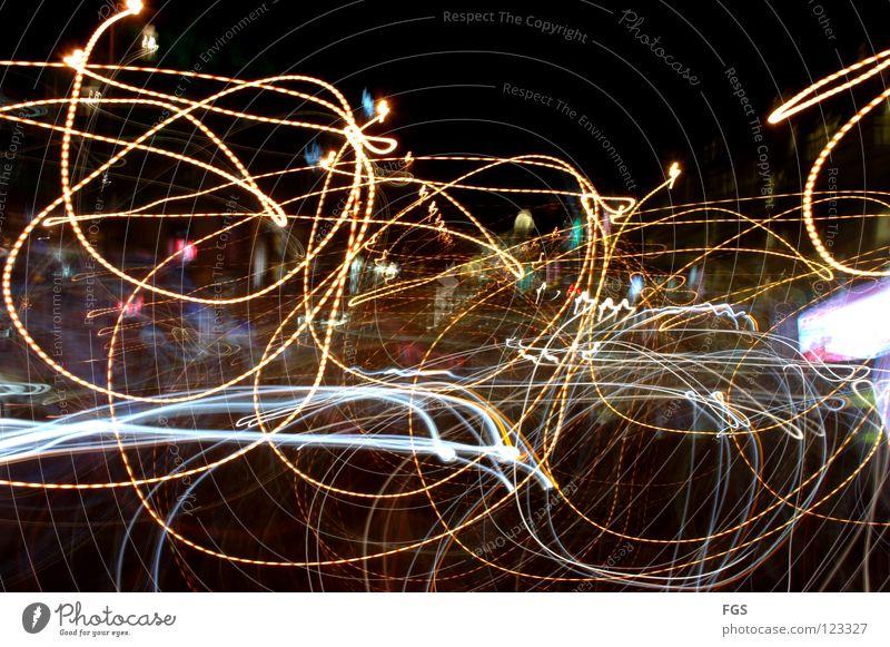 Drunken #2 Farbe Freude dunkel Bewegung lustig Lampe hell Linie träumen Angst fliegen Verkehr Kreis rund Spuren Disco