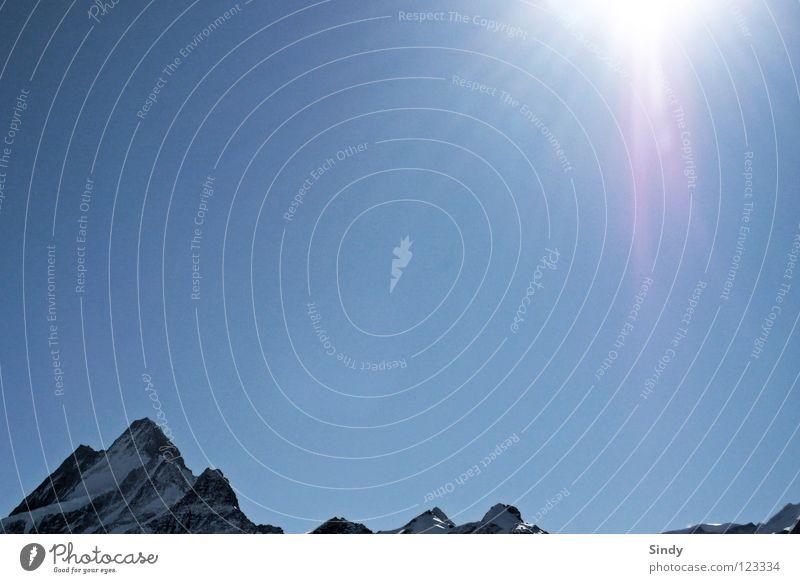 so schön blau Himmel Ferien & Urlaub & Reisen Sonne Schnee Berge u. Gebirge Horizont Beleuchtung offen frei Perspektive Ecke Spitze Ziel Klarheit Alpen