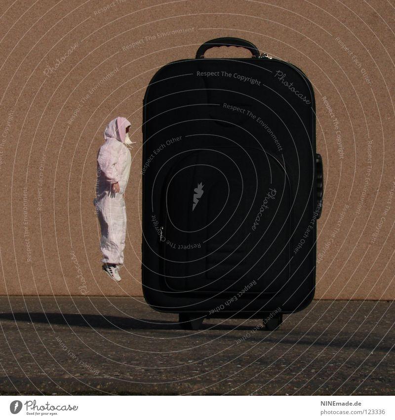 HasenMission | 2008 - jump Mensch rot Freude Ferien & Urlaub & Reisen schwarz Tier dunkel Arbeit & Erwerbstätigkeit springen Spielen Luft Eis Schuhe Linie
