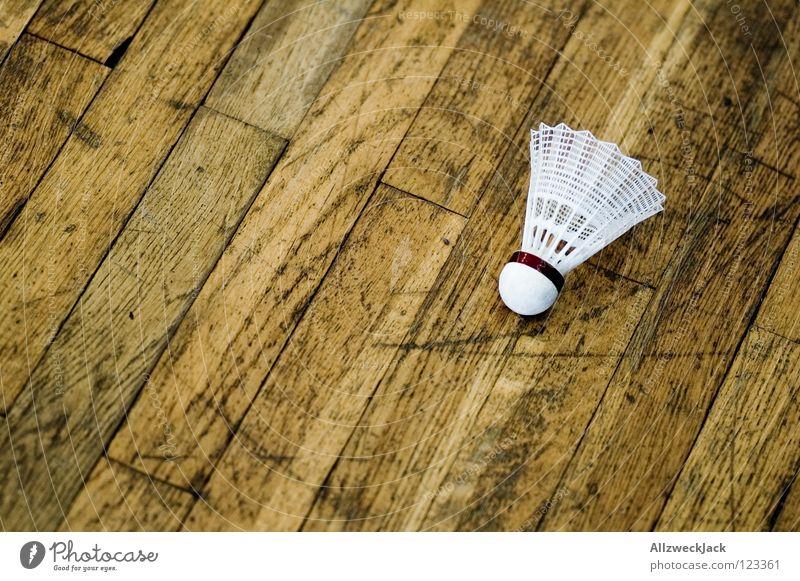 Spielpause Sporthalle Parkett Holz Holzfußboden Badminton Pause stagnierend Freizeit & Hobby Spielen Sportveranstaltung Konkurrenz Ballsport Lagerhalle