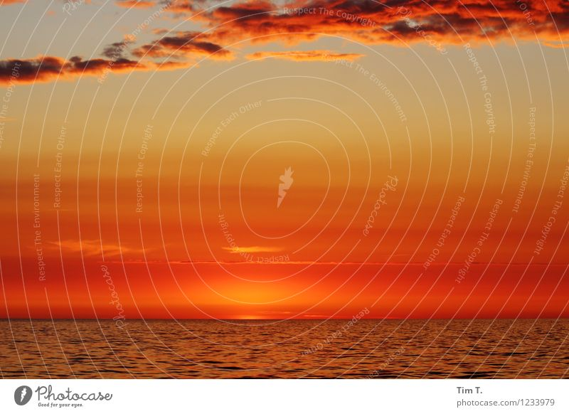 The End Umwelt Himmel Wolken Horizont Sonne Sonnenaufgang Sonnenuntergang Sonnenlicht Sommer Wellen Ostsee Meer Farbfoto Außenaufnahme Abend Dämmerung