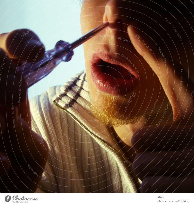 biological reparations pt.3 Mensch Hand Farbe Gesicht klein Lampe Beleuchtung Arbeit & Erwerbstätigkeit Hintergrundbild Haut Nase Finger Falte nah Verkehrswege Schmerz