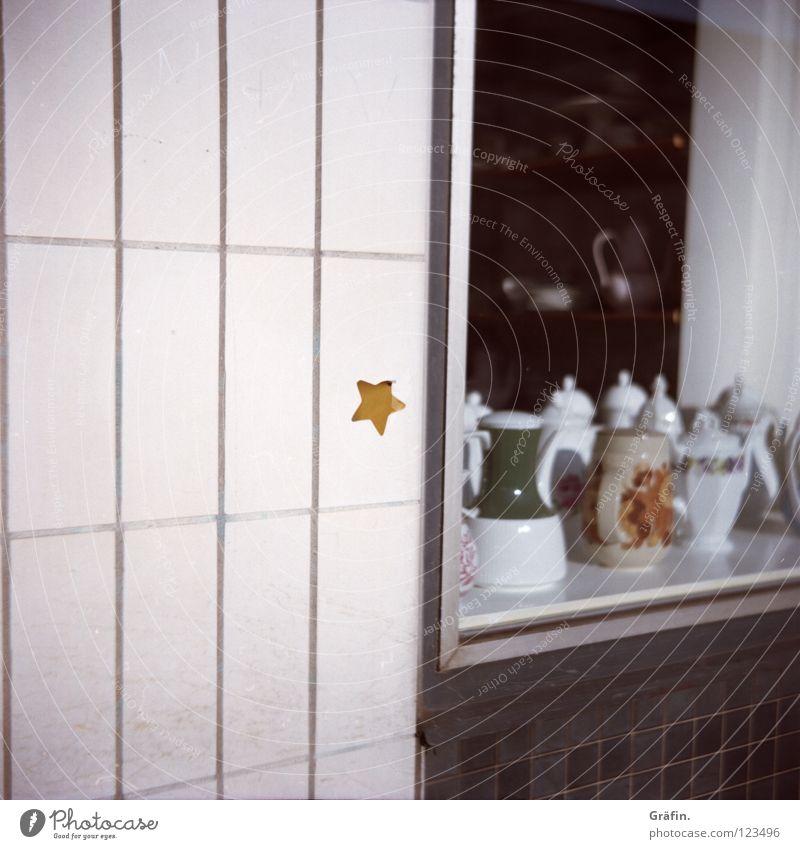 St. Pauli Nebenstraßen III alt weiß Straße Wand dreckig Schilder & Markierungen Stern (Symbol) kaputt Dekoration & Verzierung Fliesen u. Kacheln Bürgersteig
