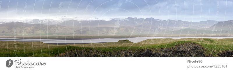 Island 15/4 - Panorama im Süden Wolken kalt Berge u. Gebirge Küste Schneebedeckte Gipfel Island trüb