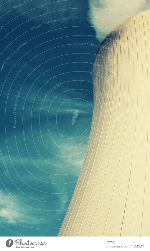 Wasserkocher Himmel Wolken Industrie Coolness Wasserdampf kühlen Kühlung Kernkraftwerk Verdunstung Kühlturm verdursten