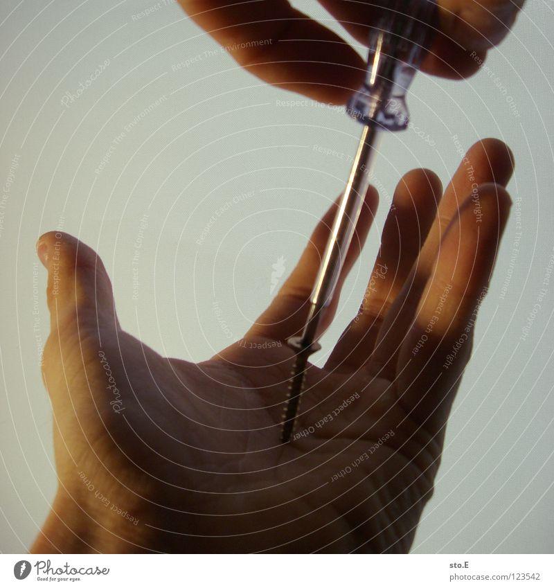 biological reparations pt.5 Mensch Hand Farbe klein Lampe Beleuchtung Arbeit & Erwerbstätigkeit Hintergrundbild Haut Finger Falte nah Verkehrswege Schmerz