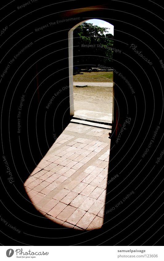 Open door Durchgang dunkel Unendlichkeit historisch Tür Landschaft landscape darkness infinite Porta paisagem passagem escuridão infinito história historical