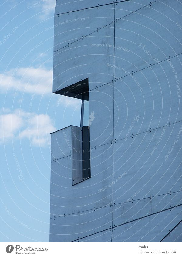 loisium2 Himmel blau Metall Architektur silber Aluminium