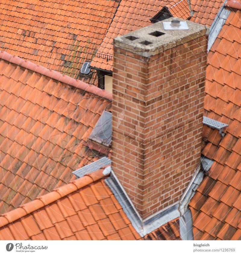 Quedlinburg IV Bundesadler Europa Stadt Altstadt Menschenleer Haus Gebäude Dach Schornstein Dachziegel rot Farbfoto Außenaufnahme Tag