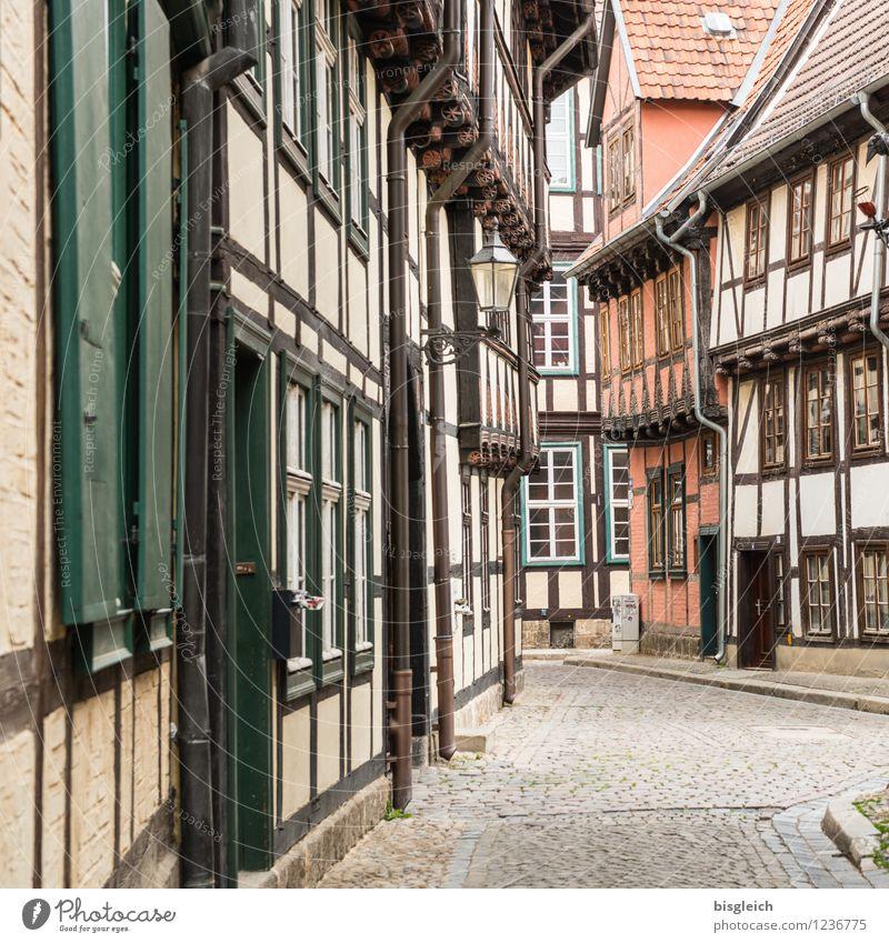 Quedlinburg I Ferien & Urlaub & Reisen Städtereise Architektur Deutschland Europa Stadt Altstadt Menschenleer Haus Fachwerkhaus alt Mittelalter Farbfoto