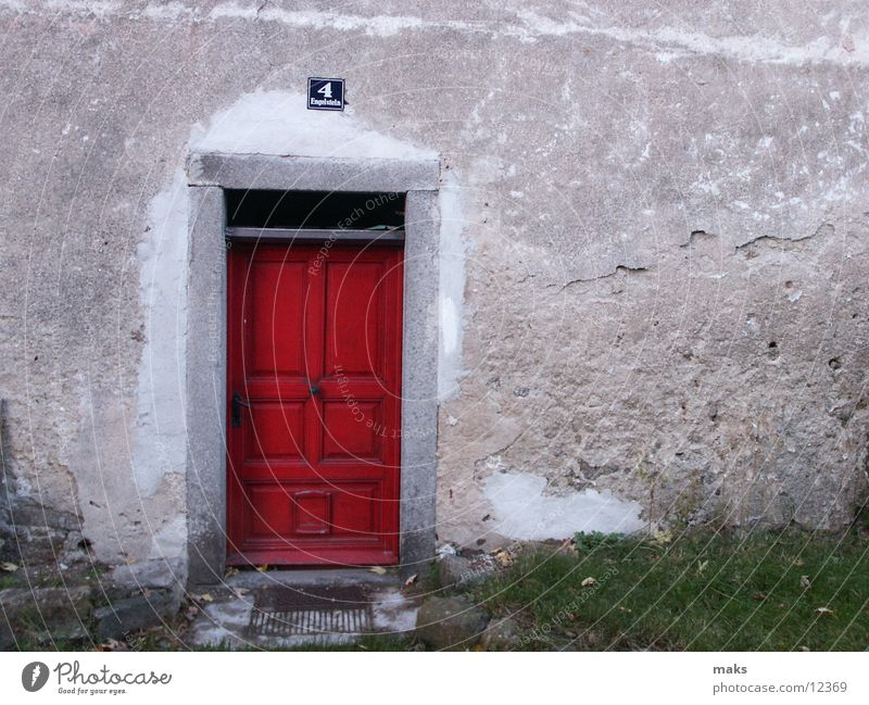 elizabeth arden ? alt rot Holz Architektur Tür Tor Eingang Eingangstür