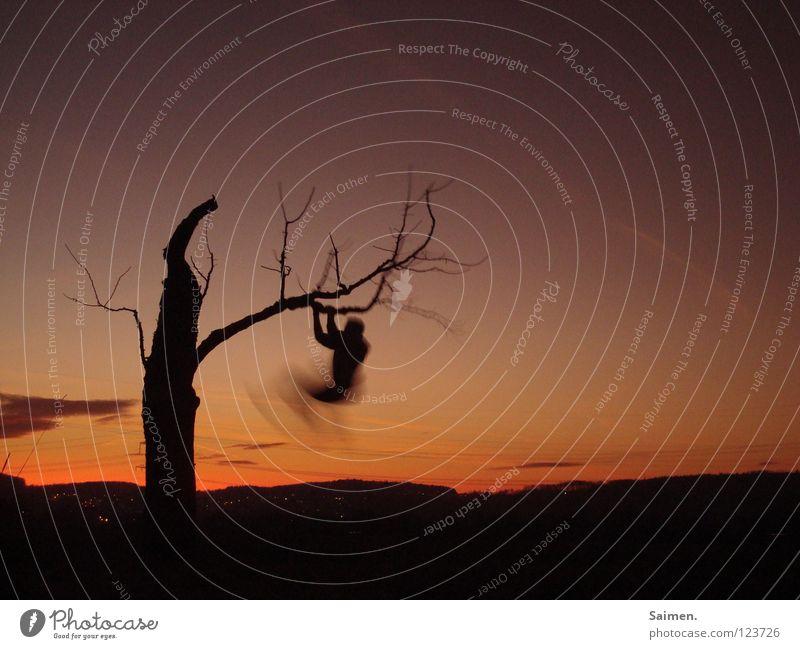 move your body Mensch Himmel alt schön Baum Freude Wolken schwarz ruhig Freiheit Bewegung Feld zart Abenddämmerung anstrengen sanft