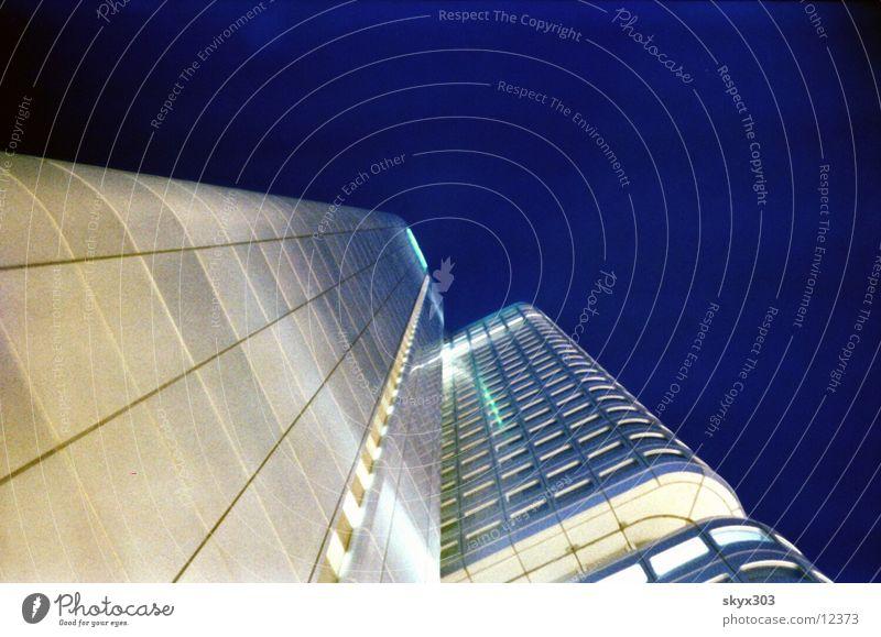 Boden Kamera Nacht Frankfurt am Main Architektur Hochhause Finanz