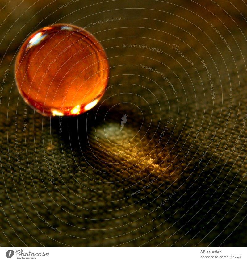 Nemo-Ei Wärme Beleuchtung orange glänzend klein Glas rund Physik Dinge Kugel Stoff Konzentration Perle erleuchten strahlend