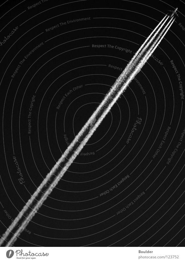 SPACE II Himmel Beleuchtung Flugzeug Luftverkehr vertikal Triebwerke Kondensstreifen
