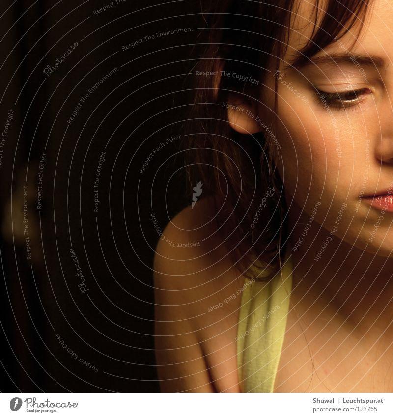 ma soeur Frau Jugendliche schön Gesicht Auge feminin Haare & Frisuren Kopf Haut Mund Hoffnung Beautyfotografie zart Vertrauen Lippen brünett