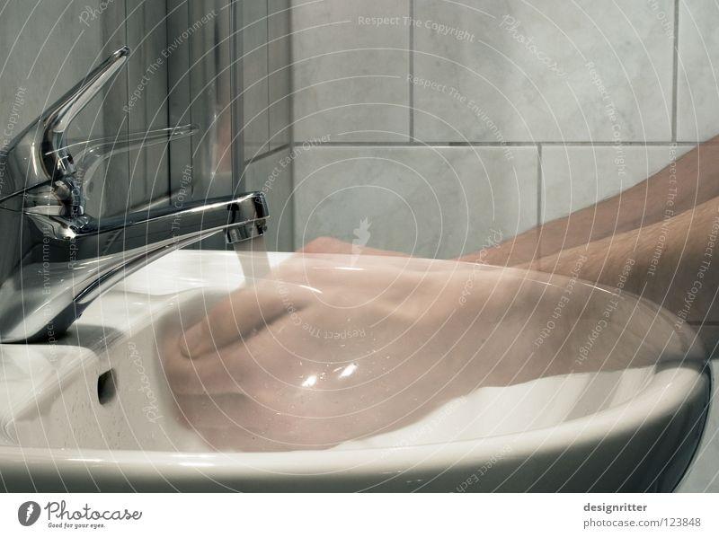 Durst Wasser Hand Gesundheit Zeit dreckig Reinigen Vergänglichkeit Bad Sauberkeit trinken rein Toilette Vergangenheit verstecken Momentaufnahme durchsichtig