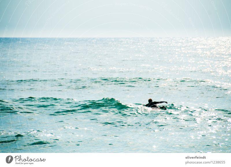 Surfen VII Mensch Himmel Natur Ferien & Urlaub & Reisen Jugendliche Sommer Meer Junger Mann Ferne Strand 18-30 Jahre Erwachsene Umwelt Küste Sport Freiheit