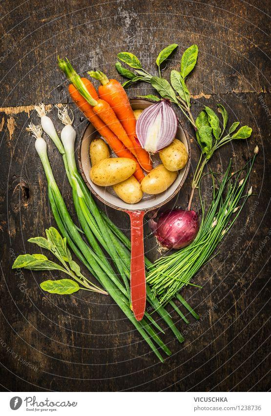 Vegetarisch Kochen mit frischen Garten Gemüse Lebensmittel Kräuter & Gewürze Ernährung Mittagessen Abendessen Bioprodukte Vegetarische Ernährung Diät Topf Stil