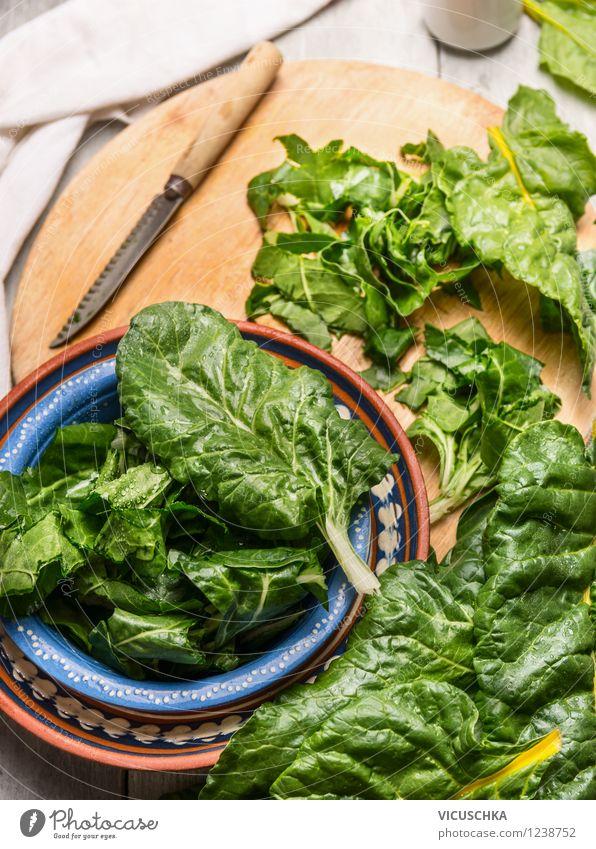 Mangold zubereiten Gesunde Ernährung Haus Leben Stil Essen Foodfotografie Lebensmittel Design frisch Tisch Kochen & Garen & Backen Küche Gemüse Bioprodukte