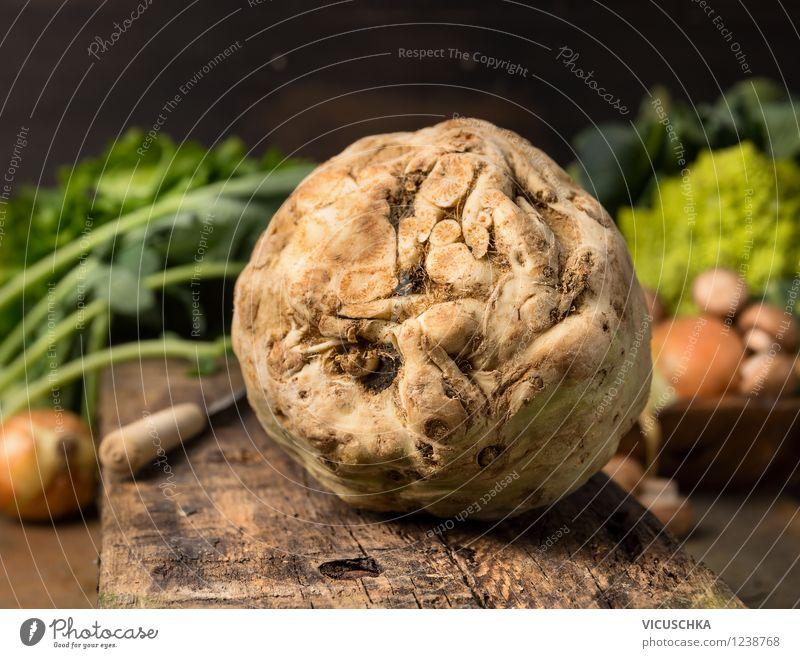 Bio Sellerieknolle aus dem Garten Gesunde Ernährung Leben Stil Essen Foodfotografie Lebensmittel Design Tisch Kochen & Garen & Backen Küche Gemüse Bioprodukte