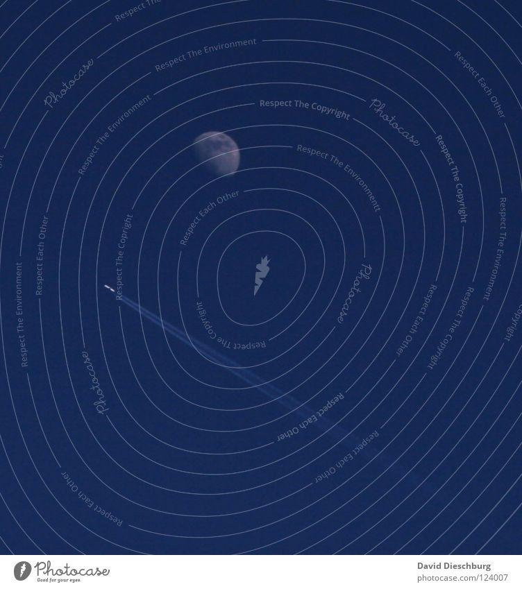 Journay to the moon Halbmond Flugzeug Streifen Rohstoffe & Kraftstoffe steil Space Shuttle Astronaut Mondlandung NASA Schweben Beginn Himmel Abdeckung klein