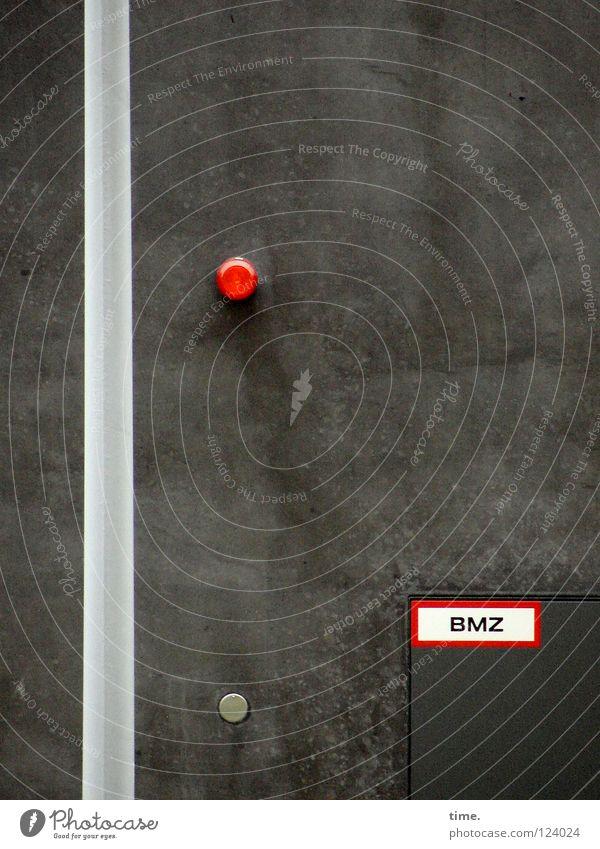 Geheime Botschaften rot dunkel Wand Mauer Schilder & Markierungen offen einzigartig Hinweisschild Düsseldorf Putz Knöpfe Selbstständigkeit Laternenpfahl Verständnis arrangiert