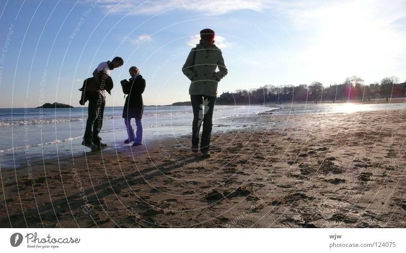 Rehi at Shortbeach kalt grell Licht lang Freizeit & Hobby Samstag Strand Sauberkeit See Wellen Meer Atlantik Winter beweglich Gegenlicht Sonnenuntergang