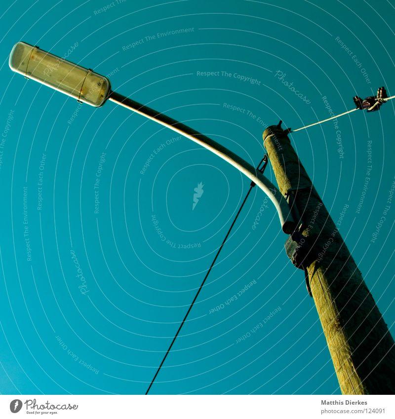Laterne grün gelb Holz Lampe Beleuchtung Hintergrundbild Elektrizität Industrie Technik & Technologie Medien Baumstamm Stahl Säule Strommast Draht