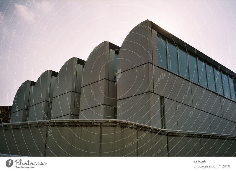 bau haus! Himmel Berlin Fenster Gebäude Kunst Architektur Fassade Museum Bauhaus
