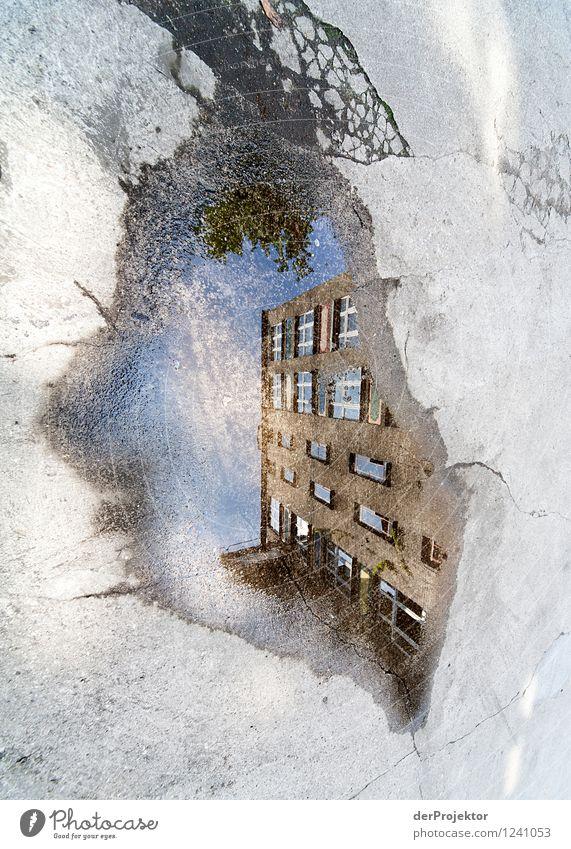 Perspektivische Verzerrung ist Ansichtssache Ferien & Urlaub & Reisen Tourismus Sightseeing Städtereise Haus Gebäude Architektur Sehenswürdigkeit alt ästhetisch
