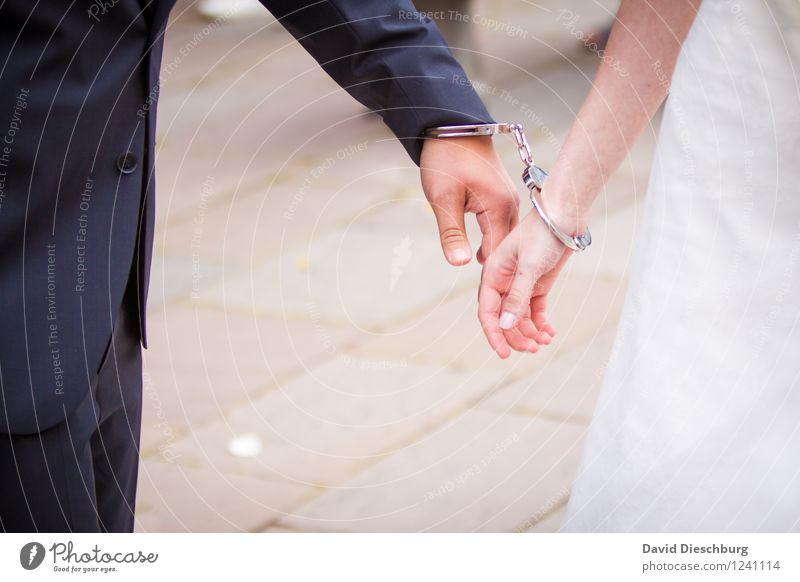 Gefunden und verbunden maskulin feminin Paar Partner Leben 2 Mensch Veranstaltung Glück Fröhlichkeit Zufriedenheit Zusammensein Liebe Verliebtheit Hochzeit