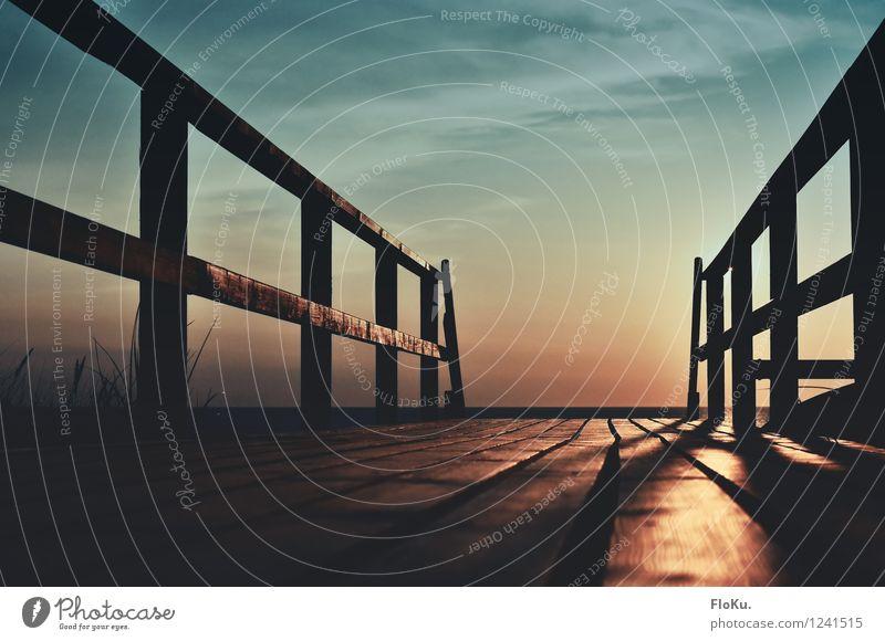 der Weg zur Sonne Himmel Ferien & Urlaub & Reisen blau Sommer Meer Ferne Strand Wärme Gefühle Wege & Pfade Holz Glück Stimmung Zufriedenheit orange