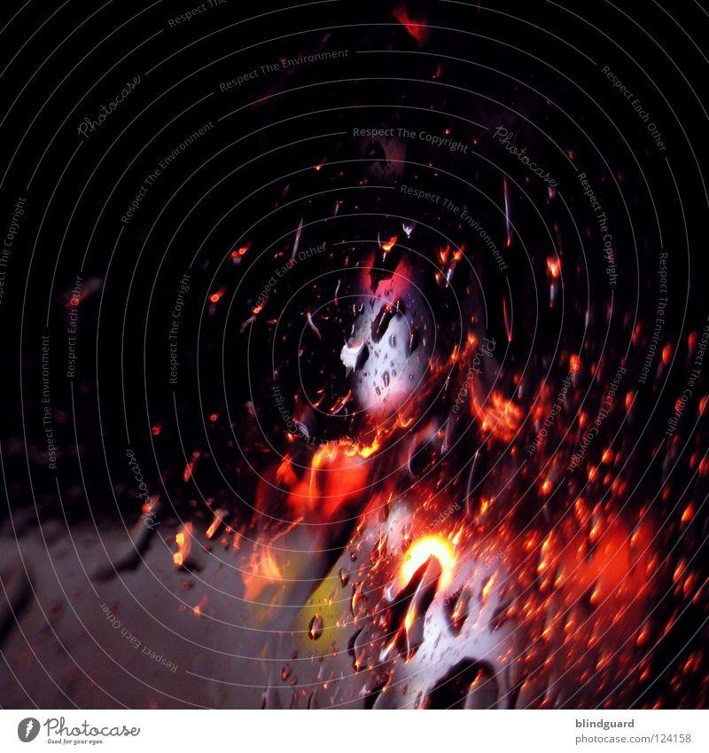 Drive'n'Drink'n'Knips Wasser weiß rot Ferien & Urlaub & Reisen gelb Straße Lampe dunkel Bewegung grau PKW Regen Linie hell Wassertropfen Verkehr