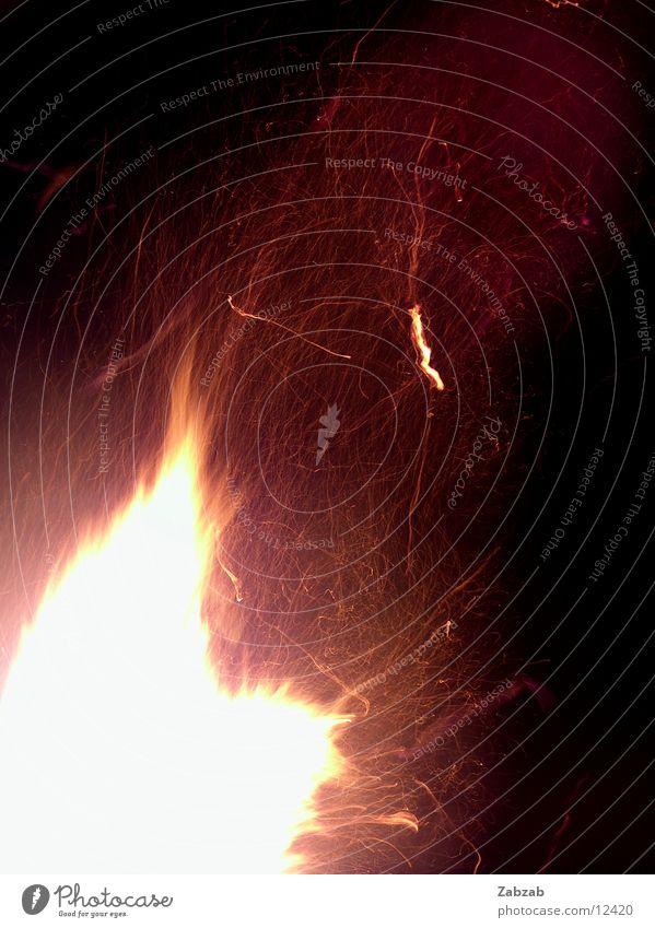 feuer die 7te gelb Wärme Brand Physik brennen Flamme Glut