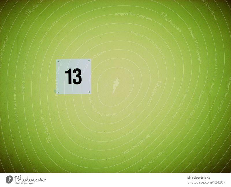 Über den Wolken 13 Typographie Wand Ziffern & Zahlen Tapete grün Fahrstuhl Etage Treppenhaus