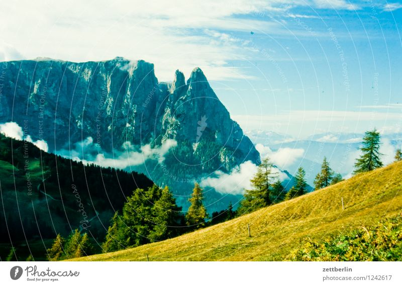 Frankreich (1) Europa Ferien & Urlaub & Reisen Reisefotografie Tourismus Landschaft Berge u. Gebirge wandern Felsen Hochgebirge Himmel Berghang Wiese Alpen