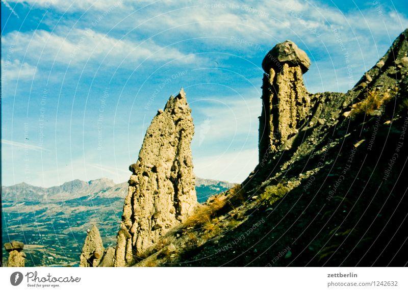 Frankreich (3) Himmel Ferien & Urlaub & Reisen Sommer Landschaft Ferne Wald Reisefotografie Berge u. Gebirge Straße Wiese Wege & Pfade Felsen Tourismus wandern