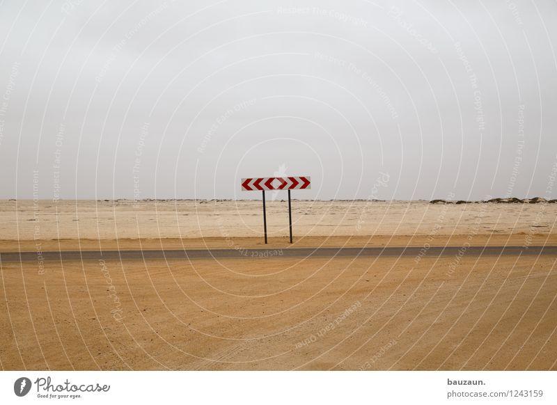 ... Ferien & Urlaub & Reisen Tourismus Safari Expedition Umwelt Natur Erde Sand Wolken Wärme Wüste Namibia Afrika Verkehr Straße Straßenkreuzung Wege & Pfade