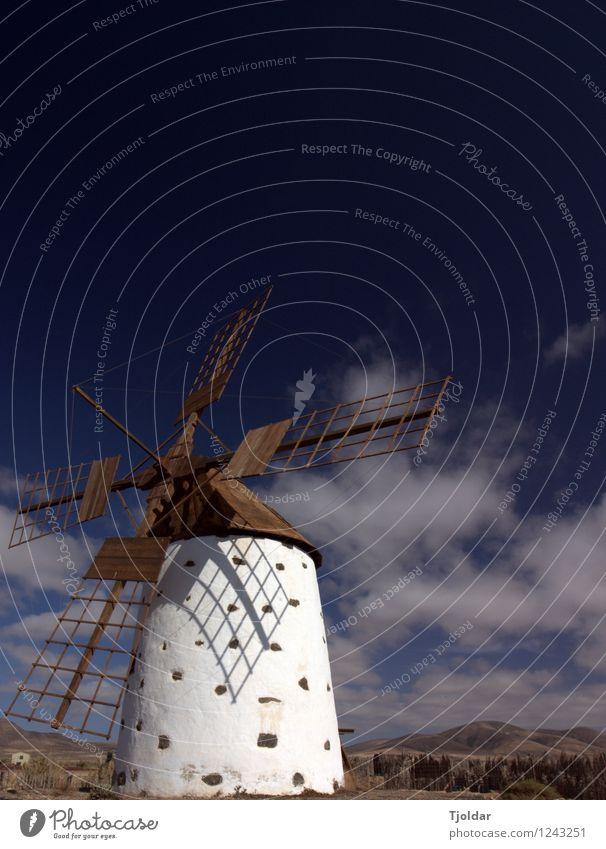 El molino Tourismus Ausflug Sommer Sommerurlaub Sonne Mühle Sehenswürdigkeit Ferien & Urlaub & Reisen Fuerteventura La Oliva Farbfoto Außenaufnahme