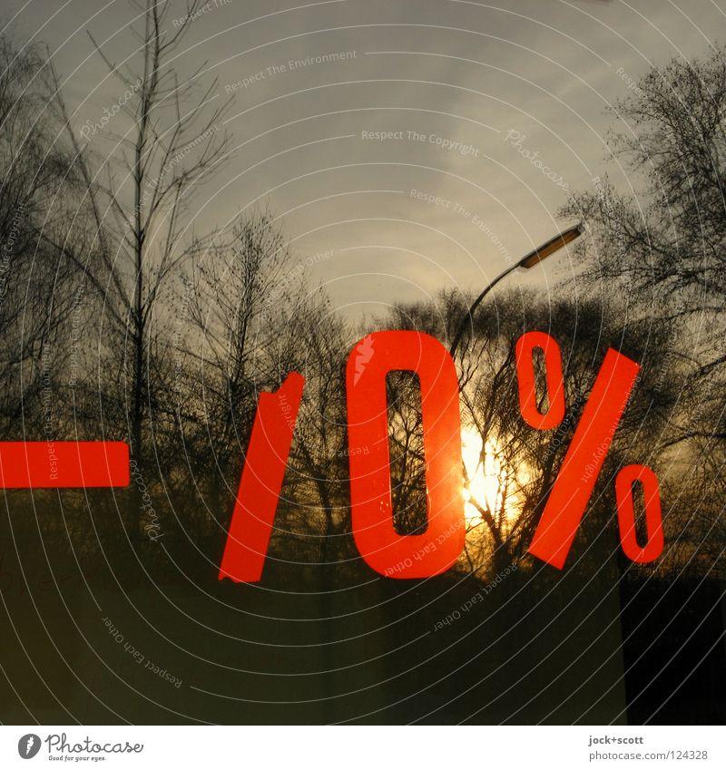 Null % Sonne Werbebranche Himmel Schönes Wetter Baum Fenster Glas Schilder & Markierungen Linie Prozentzeichen 0 nachhaltig rot Stimmung Warmherzigkeit sparsam