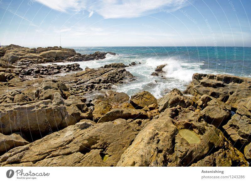 Steinküste Umwelt Natur Landschaft Wasser Himmel Wolken Horizont Sommer Wetter Schönes Wetter Felsen Wellen Küste Meer Atlantik Marokko blau braun weiß Brandung