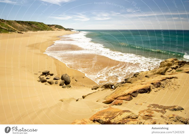 verlassener Strand Umwelt Natur Landschaft Pflanze Sand Luft Wasser Himmel Wolken Horizont Sommer Wetter Schönes Wetter Hügel Felsen Wellen Küste Meer Atlantik